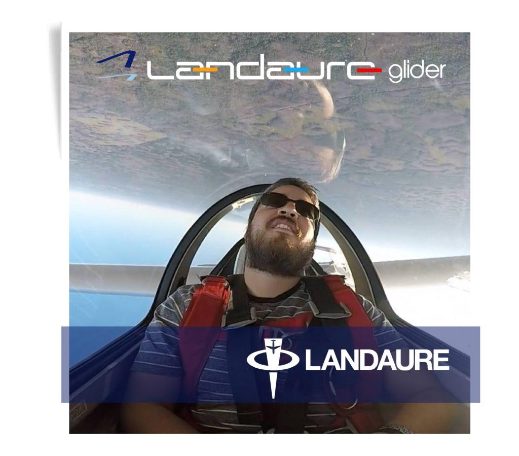 Branding Studio Landaure Fly3